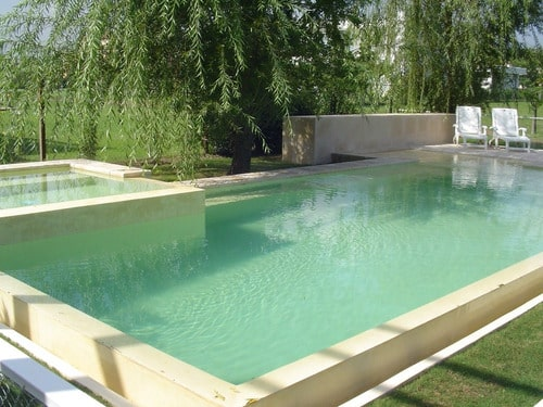 agua turbia piscina
